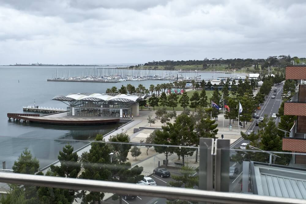Moving from Melbourne to Geelong